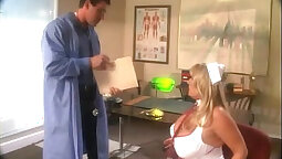 Beauty has great oral exam needs with the doctor