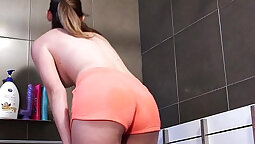 AUSTRALIAN HOPELESS PUMPED IN THE TIGHT SHOWER