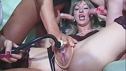 Beautiful kinky pussy fisting in group
