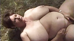 Busty french mature gets a nice and wet fuck