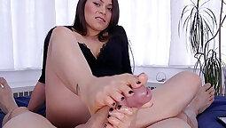 Asian Girl Feet Worship And Footjob