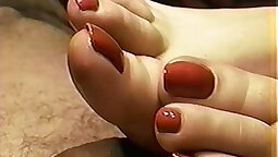 Foot Skyla Nailed facial adultorean