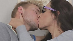 Casual Teen Sexy Patient Get Sex Treatment By Nurse Offender