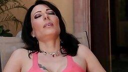 Big Tit Milf Liz Blu Lesbian Sex Scene Part
