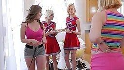 Teamwork Race Cheerleader Lesbos