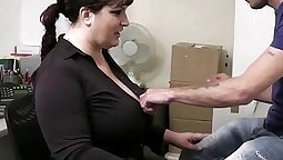 Busty Gauch leans over the table to squirt