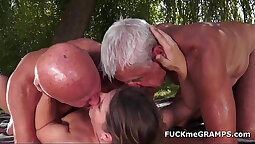 HOTwife is Bound To Fuck
