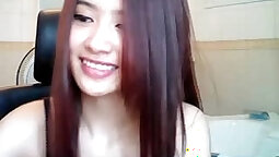 Asian Dshemla S on cam on camera