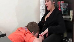 Young Slut Blowjobs MILF With two Cocks