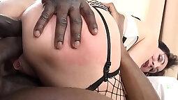 Black MILF suck and fuck massive Italian cock