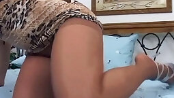 Redheads attacking pantyhose with extremely hard dick