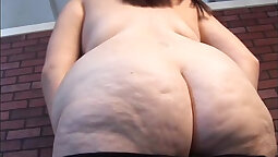 BBW With Huge Tits And Pussy Teasing